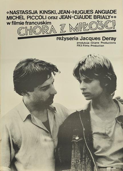 """Plakat filmowy do filmu francuskiego """"Chora z miłości"""" z 1985 roku. Reżyseria Jacques Deray."""