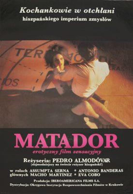 """Oryginalny plakat filmowy do hiszpańskiego filmu """"Matador"""". Reżyseria Pedro Almodovar . Plakat z 1986 r."""